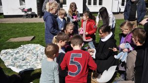 Familiegudstjeneste med påskeskattejagt @ Nazarethkirken | Ryslinge | Danmark